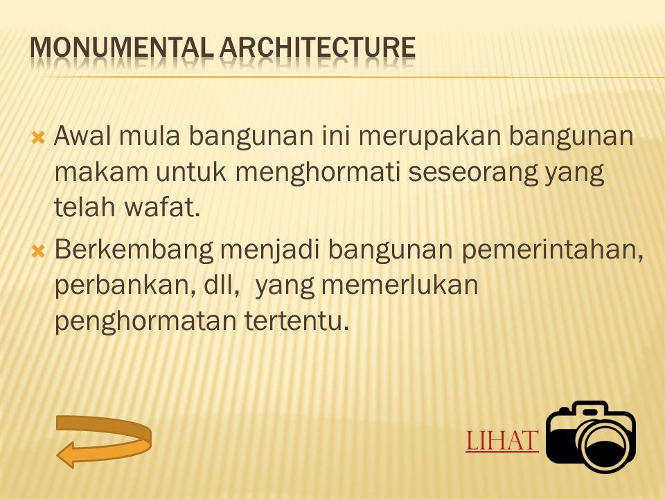  Awal mula bangunan ini merupakan bangunan makam untuk menghormati seseorang yang telah wafat.
