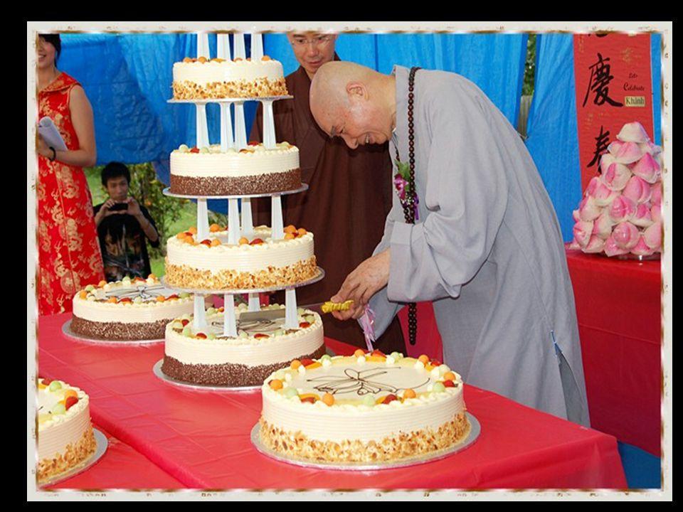 Nasi 10 macam biji-bijian Bhikkhu tua Guo-lin dari Biara Shaolin, sekarang berusia 103 tahun, jauh berbeda dari orang biasa. Penuh semangat, suara nya