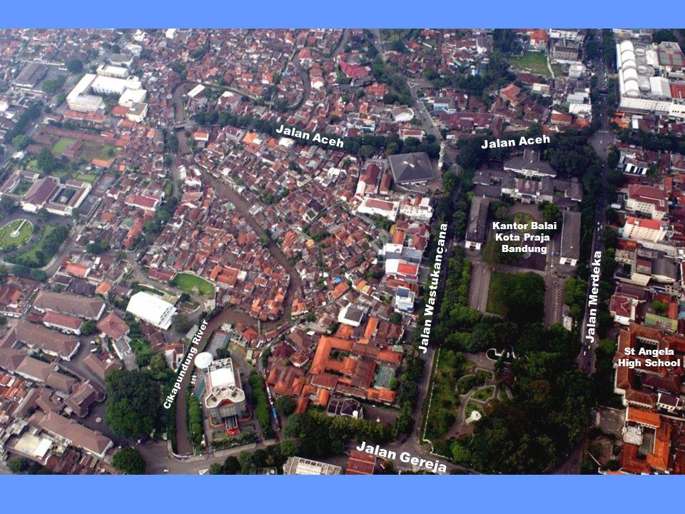 St Angela (Ursulinen) High School Jalan Merdeka Balai Kota Praja Bandung