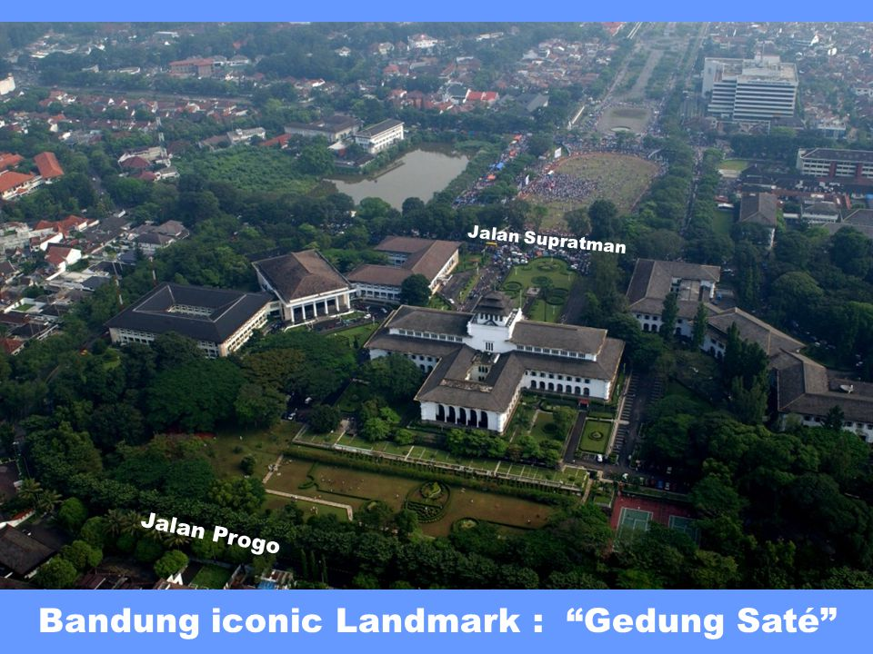 Bandung iconic Landmark : Gedung Saté Jalan Progo Jalan Supratman