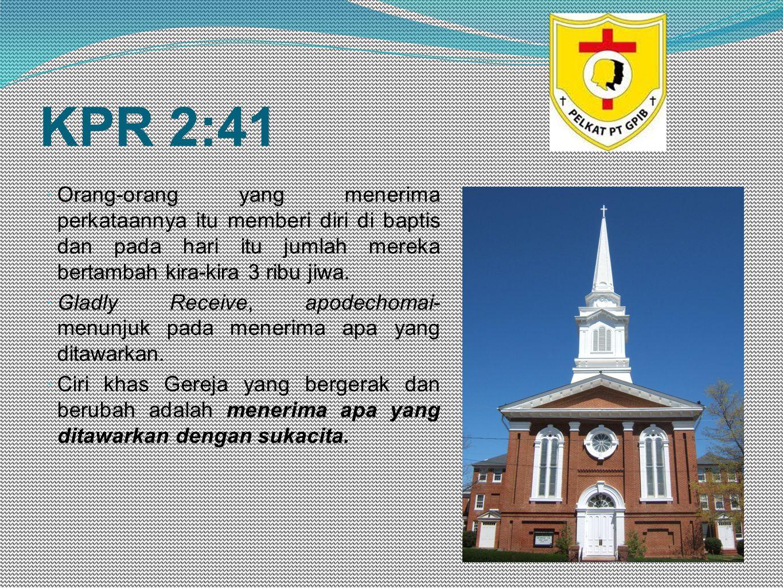 KPR 2:41  Orang-orang yang menerima perkataannya itu memberi diri di baptis dan pada hari itu jumlah mereka bertambah kira-kira 3 ribu jiwa.