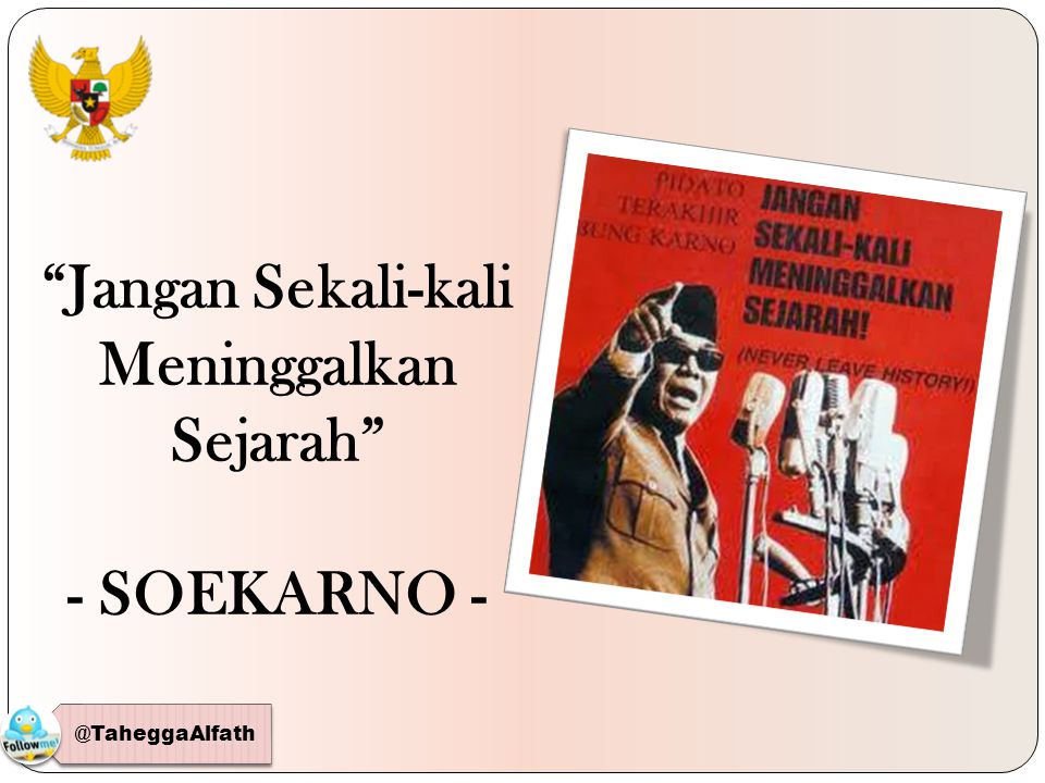 Ir.Soekarno memberi tafsir Pancasila sebagai satu kesatuan paham dalam doktrin Manipol .