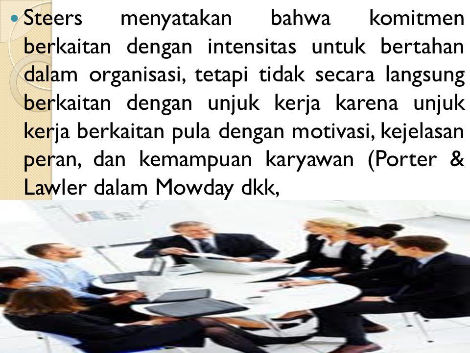 Penyebab Komitmen Organisasi menurut Allen & Meyer Allen & Meyer (1990) membagi penyebab komitmen organisasi berdasarkan tiga komponen komitmen organisasi, yaitu: 1) penyebab komitmen afektif terdiri dari: karakteristik pribadi, karakteristik jabatan, pengalaman kerja, serta karakteristik struktural.