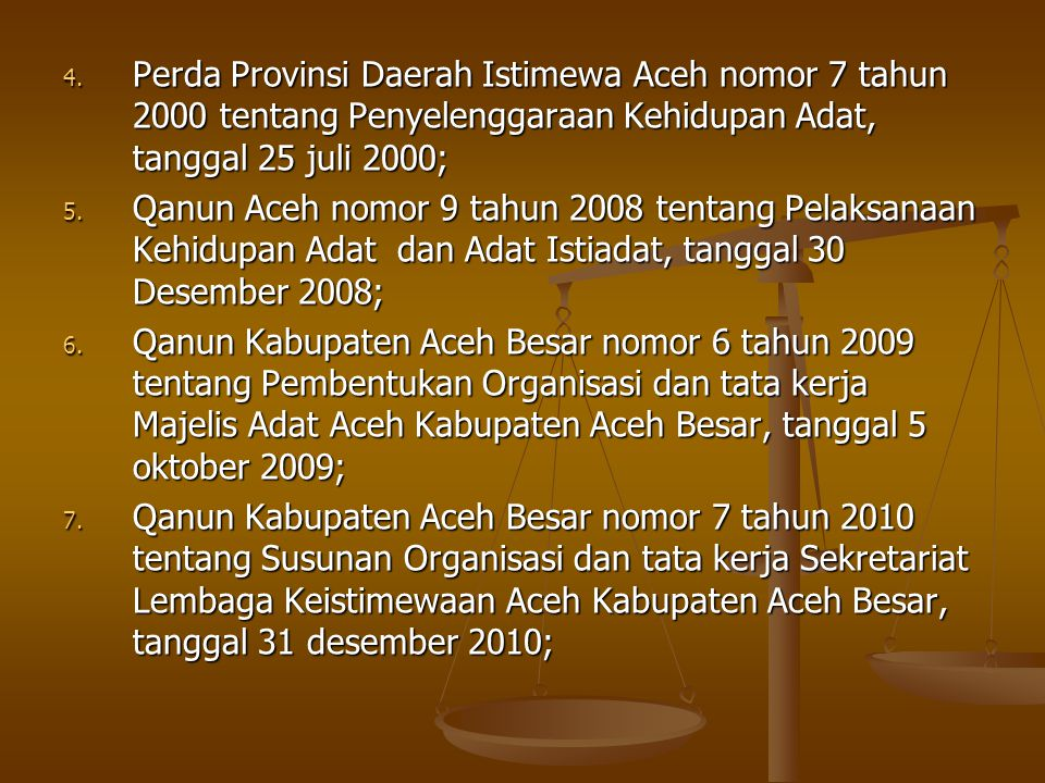 PENGERTIAN ADAT DAN BUDAYA ADAT Adat adalah aturan perbuatan dan kebiasaan yang telah berlaku dalam masyarakat yang dijadikan pedoman dalam pergaulan hidup di Aceh; (Qanun no 9 tahun 2008) Hukum Adat adalah seperangkat ketentuan tidak tertulis yang hidup dan berkembang dalam masyarakat Aceh yang memiliki sangsi apabila dilanggar; (Qanun no.