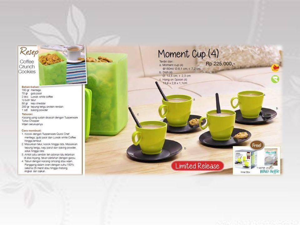 Cup terbuat dari material PC, sehingga tidak khawatir akan bernoda (stain) Design modern, dilengkapi dengan saucer (piring cawan) dan spoon yang unik Produk yang tepat untuk menjamu teman & relasi saat acara minum teh/kopi