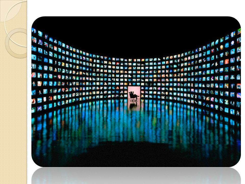 Lanjutan… Ruang publik-ruang privat  Kabur (Bias- Tidak Jelas Realitas virtual mereduksi realitas empirik (Penyempitan Ruang)