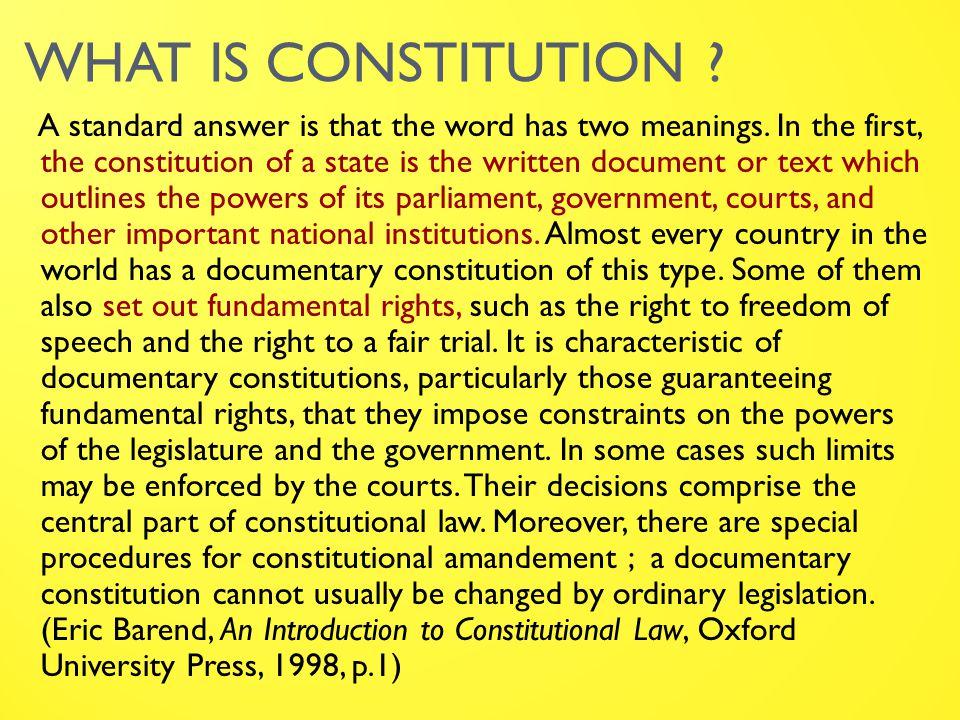 KETERKAITAN KONSTITUSI & HTN Konstitusi : Merupakan fokus dari HTN (The Study of the Constitutional Law) – Djoko Soetono Sebagai obyek kajian, mencakup 3 pengertian : 1.