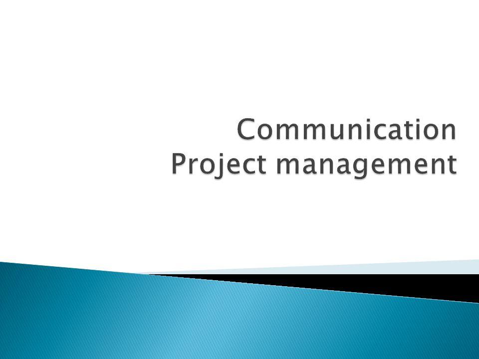  Dilakukan mengingat pentingnya mendapatkan informasi proyek bagi orang yang tepat, pada waktu yang tepat dengan format yang padat informasi  Manajer proyek dan tim proyek harus dapat memutuskan cara terbaik untuk mendistribusikan informasi proyek