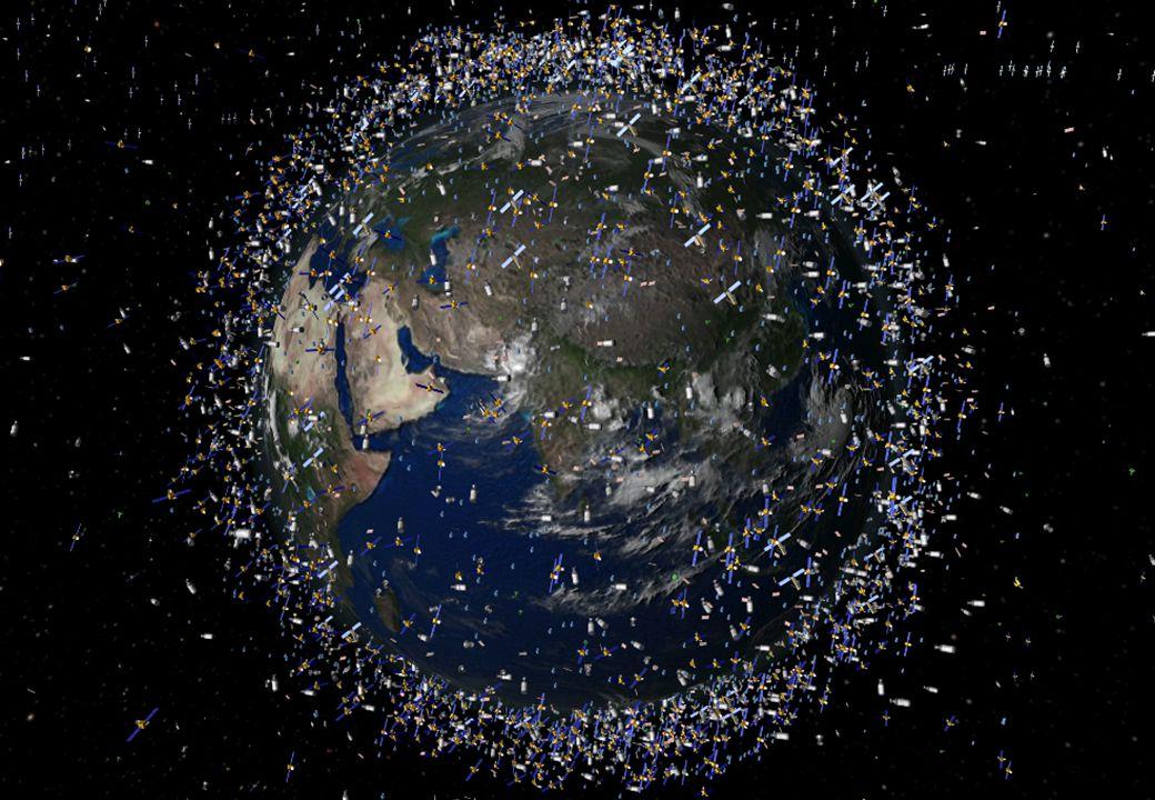 Sampah antariksa Sampah antariksa (orbital debris): benda buatan manusia yang mengitari bumi selain satelit yang berfungsi.
