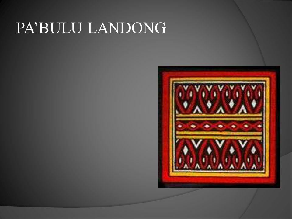  Motif Pa'Kadang Pao berbentuk arsiran garis yang saling berhubungan.  Melambangkan kerja sama,  Garis-garis lurusnya menggambarkan kejujuran dalam