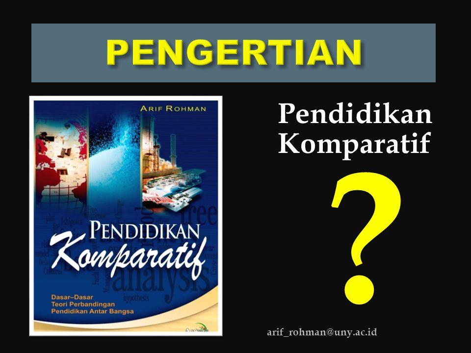  Berasal dari kata Inggris 'to compare' (membandingkan), 'comparation' (perbandingan), dan 'comparative' (bersifat membandingkan).