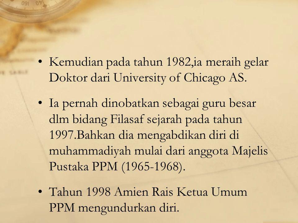 Kemudian pada tahun 1982,ia meraih gelar Doktor dari University of Chicago AS.