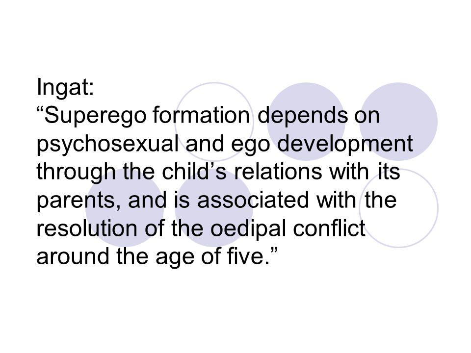 Piaget's structural theory Motivasi moralitas adalah kebutuhan kognitif untuk realisasi diri dan pemahaman realitas Berkembang sejak kanak-kanak melalui interaksi, yakni ketika berlatih melakukan penilaian moral (moral judgement) Penalaran moral (moral reasoning) mengikuti perkembangan intelektual (p.