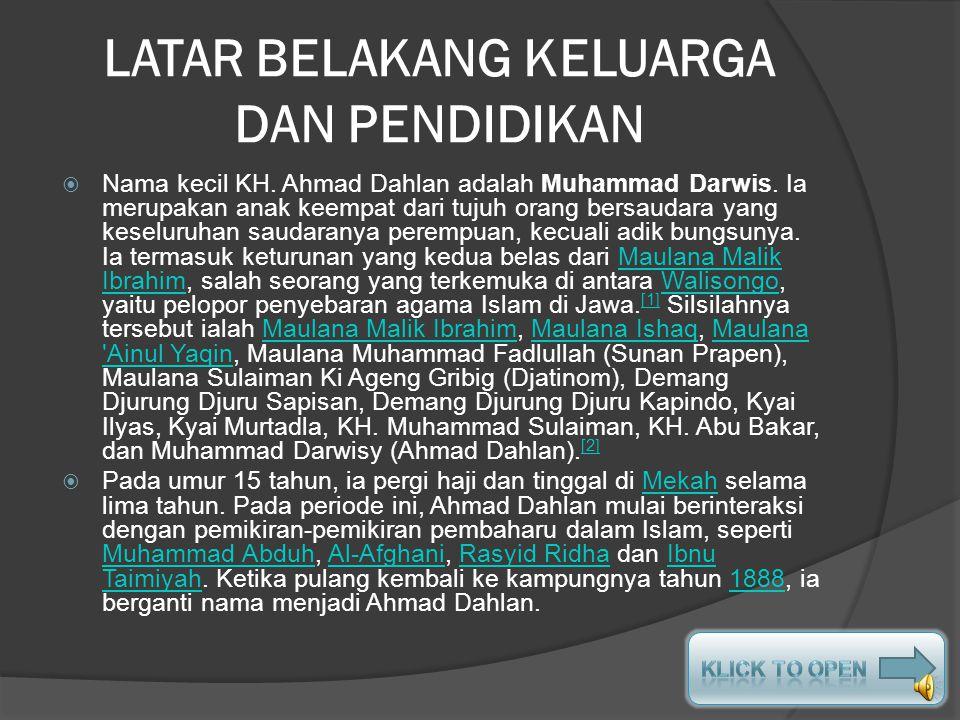 Muhammad Darwisy dididik dalam lingkungan pesantren sejak kecil yang mengajarinya pengetahuan agama dan bahasa Arab. Ia menunaikan ibadah haji ketika