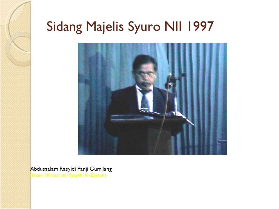 Abdussalam Rasyidi Panji Gumilang (Imam NII saat ini/ Syaykh Al-Zaytun) Sidang Majelis Syuro NII 1997