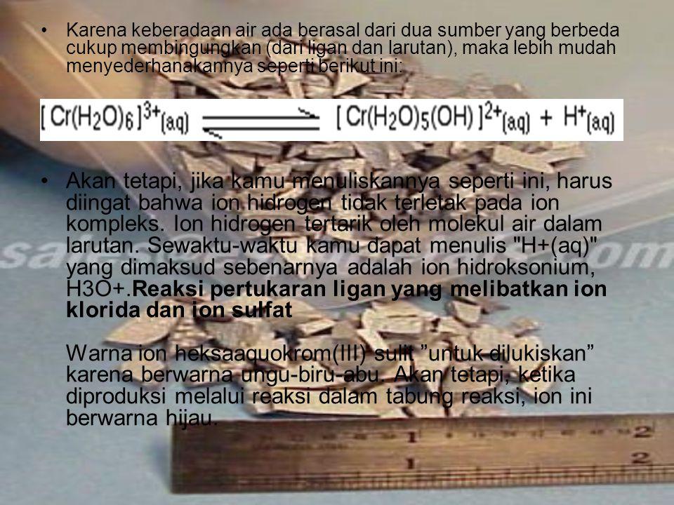Perhitungan Setengah reaksi untuk ion dikromat(VI) adalah...dan untuk ion besi(II) adalah: Penggabungan keduanya memberikan: Kamu dapat melihat bahwa proporsi reaksi adalah 1 mol ion dikromat(VI) berbanding 6 mol ion besi(II).