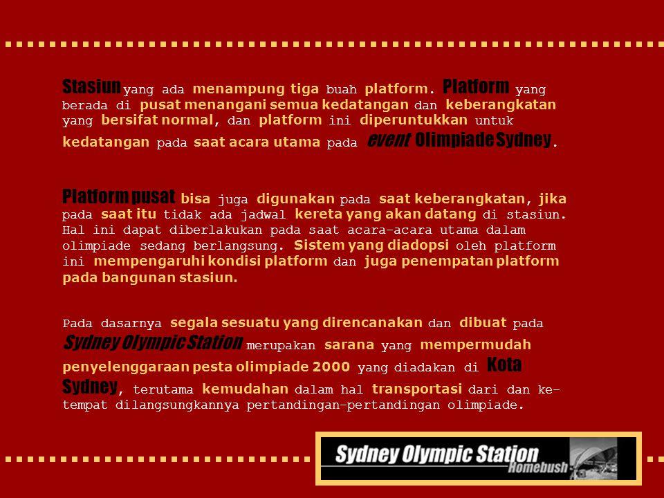 Stasiun yang ada menampung tiga buah platform. Platform yang berada di pusat menangani semua kedatangan dan keberangkatan yang bersifat normal, dan pl