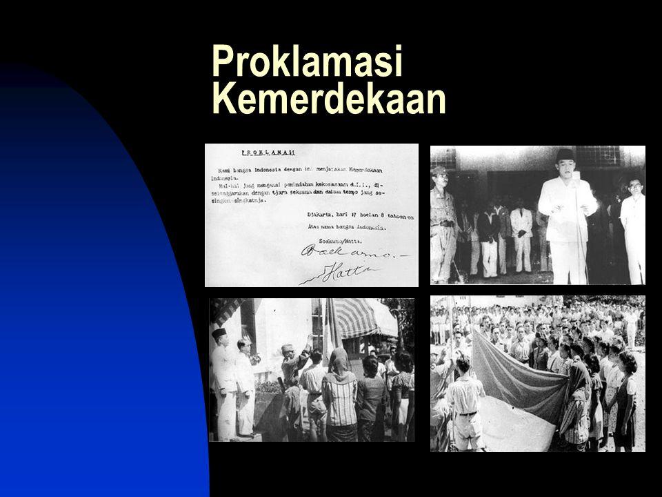 Pada tanggal 18 Agustus 1945 presiden dan wakil presiden RI untuk pertama kali dipilih oleh PPKI, karena MPR yang berhak memilih dan melantiknya belum terbentuk.