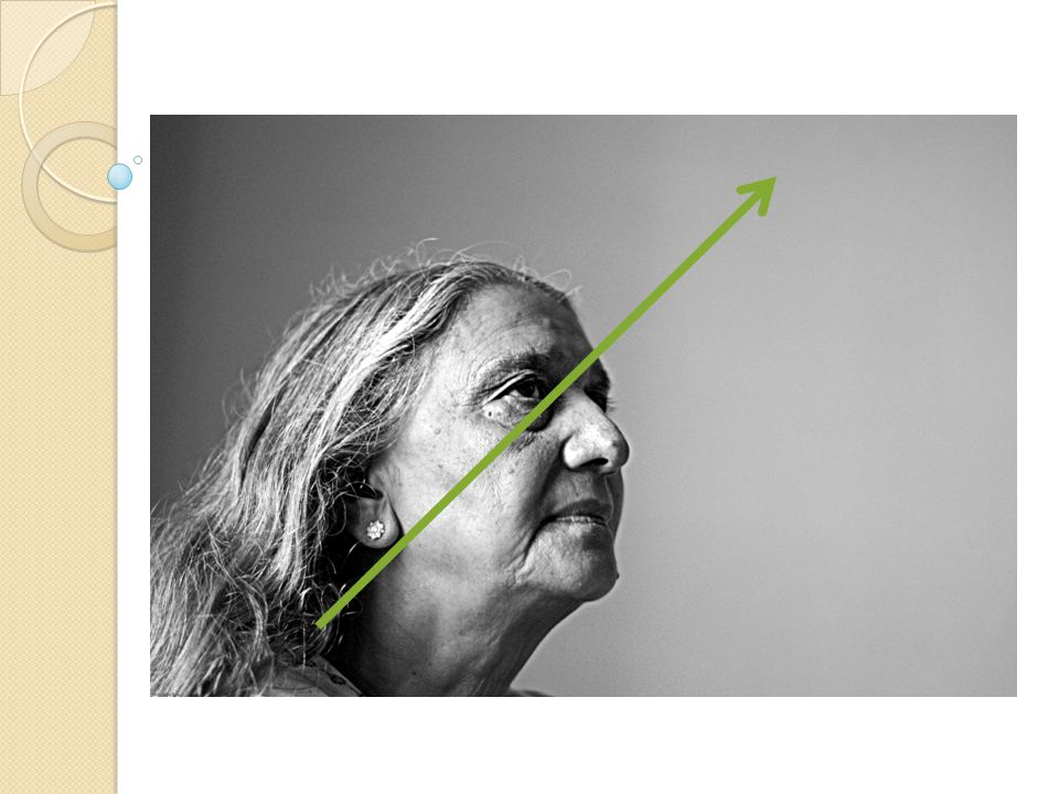Minimalis Memusatkan perhatian/POV Tokoh sebagai subyek Eye catching