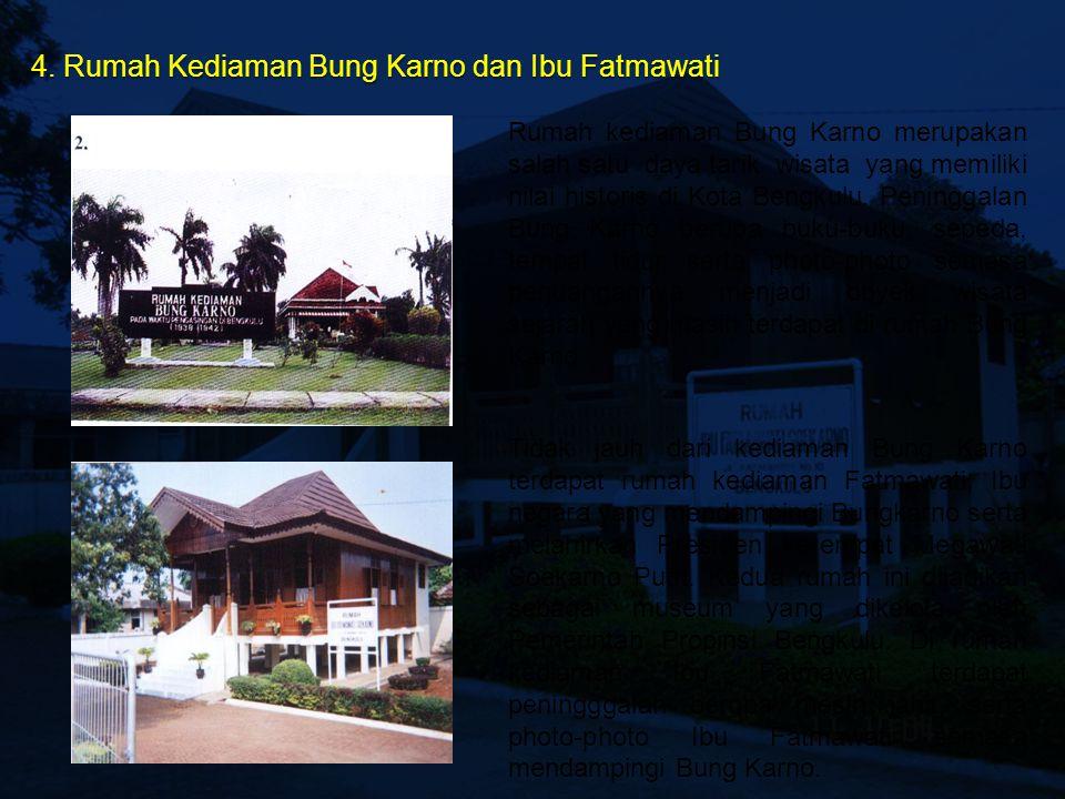 3. Monumen Thomas Parr & Hamilton Monumen tersebut dibangun untuk memperingati dua residen Inggris yang menetap dan meninggal di Bengkulu yaitu Reside