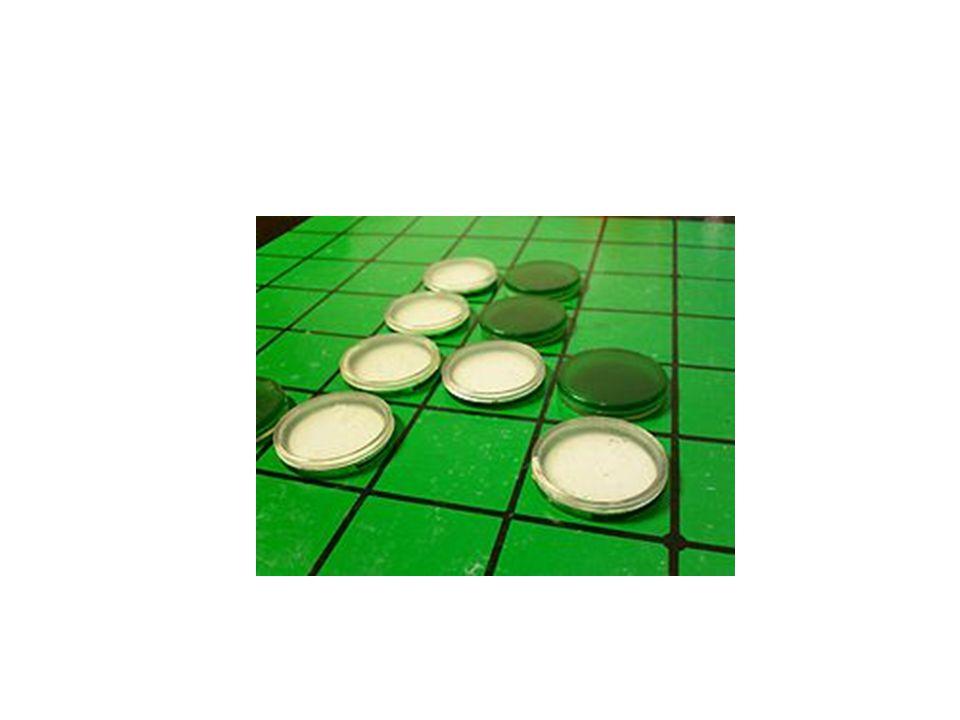 Dalam permainan ini setiap pemain berusaha mengganti warna koin lawan dengan warna koin miliknya (misalnya dengan membalikkan koin lawan) dengan cara menjepit atau memblok koin lawan secara vertikal, horizontal, atau diagonal.