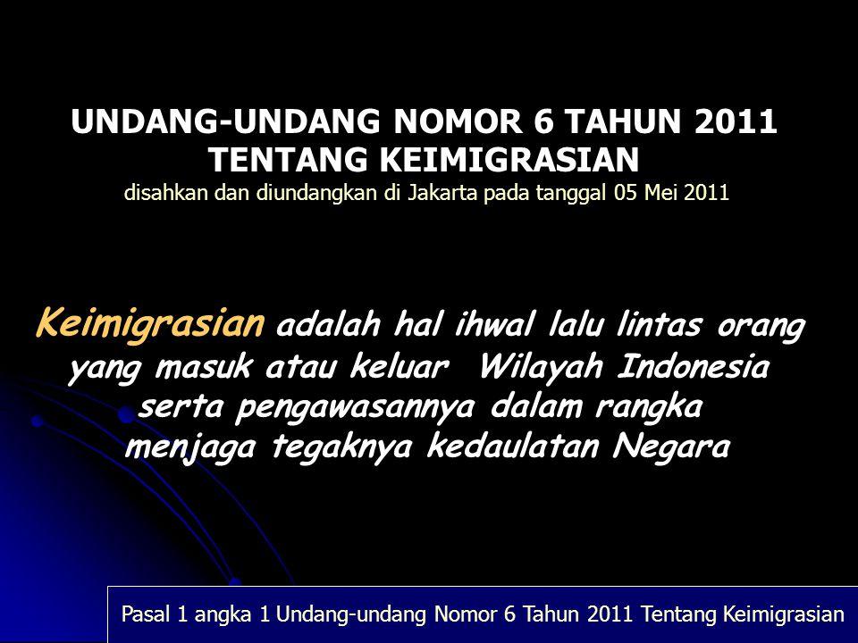 Undang-Undang Nomor 6 Tahun 2011 tentang Keimigrasian VISA TINGGAL TERBATAS Visa Tinggal Terbatas dalam penerapannya dapat diberikan untuk melakukan kegiatan, antara lain : 1.Dalam rangka bekerja a.sebagai tenaga ahli; b.bergabung untuk bekerja diatas kapal, alat apung, atau instalasi yang beroperasi di wilayah perairan Nusantara, laut terirtorial, atau landas kontinen, serta Zona Ekonomi Eksklusif Indonesia; c.melaksanakan tugas sebagai rohaniawan; d.melakukan kegiatan yang berkaitan dengan profesi dengan menerima bayaran, seperti olah raga, artis, hiburan, pengobatan, konsultasi, pengacara, perdagangan, dan kegiatan profesi lain yang telah memperoleh izin dari instansi berwenang; e.melakukan kegiatan dalam rangka pembuatan film yang bersifat komersial dan telah mendapat izin dari instansi yang berwenang; f.melakukan pengawasan kualitas barang atau produksi (quality control); g.melakukan inspeksi atau audit pada cabang perusahaan di Indonesia; h.melayani purna jual; i.memasang dan reperasi mesin; j.melakukan pekerjaan nonpermanen dalam rangka konstruksi; k.mengadkan pertunjukan; l.mengadakan kegiatan olehraga profesional; m.melakukan kegiatan pengobatan; dan n.calon tenaga kerja asing yang akan bekerja dalam rangka uji coba keahlian.