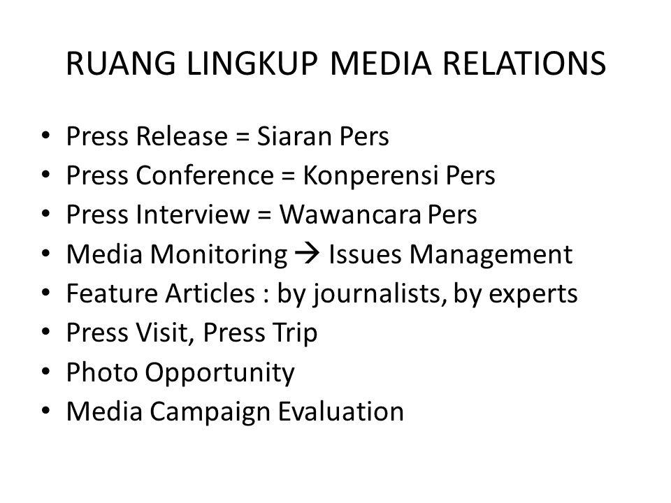 5 KARAKTERISTIK MEDIA Bersifat melembaga; pihak yang mengelola media melibatkan banyak individu mulai dari pengumpulan, pengelolaan sampai pada penyajian informasi.