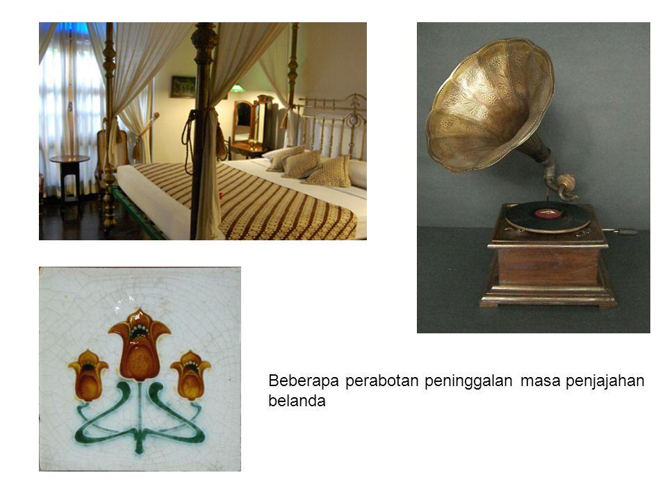 Sit Bamboo karya Sudarso