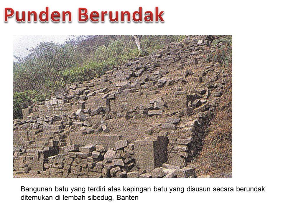 Bangunan batu yang terdiri atas kepingan batu yang disusun secara berundak ditemukan di lembah sibedug, Banten