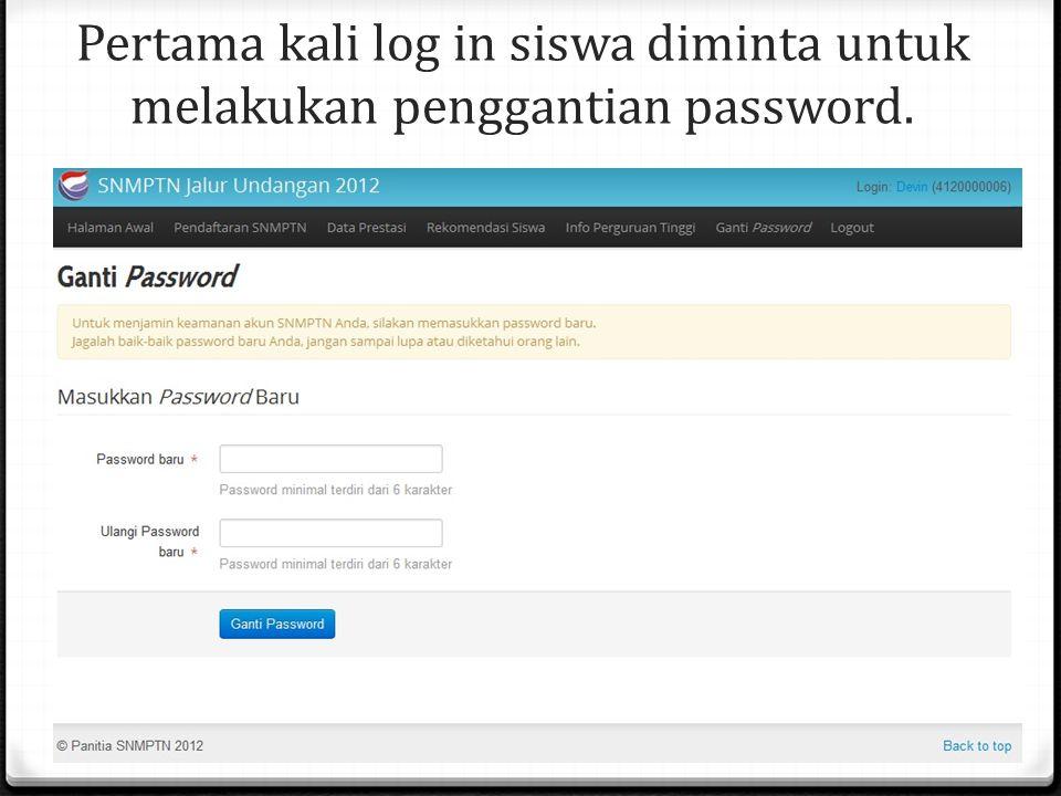 Pertama kali log in siswa diminta untuk melakukan penggantian password.