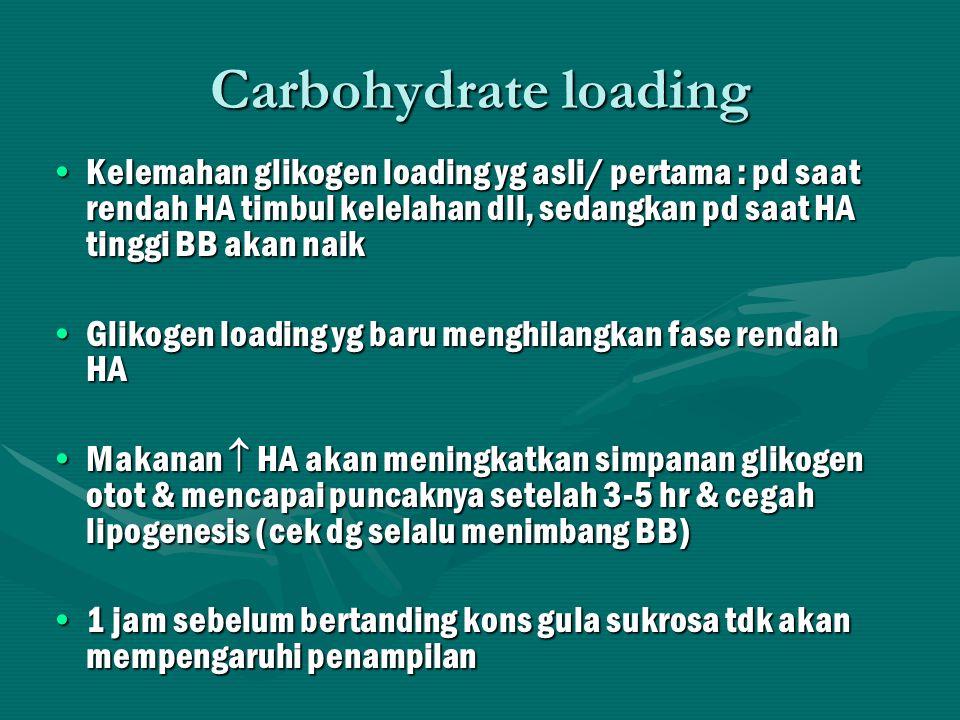 Kebutuhan lemak Lemak bermanfaat utk aktifitas rendah sampai sedangLemak bermanfaat utk aktifitas rendah sampai sedang Lemak merupakan sumber energi tinggi, tapi tdk ekonomis krn metabolisme lemak perlu O2 lebih banyak drpd metabolisme KHLemak merupakan sumber energi tinggi, tapi tdk ekonomis krn metabolisme lemak perlu O2 lebih banyak drpd metabolisme KH Otot dpt lemak sbg sumber energi setelah 2-4 jam aktifitas OROtot dpt lemak sbg sumber energi setelah 2-4 jam aktifitas OR Kebutuhan sehari 20-25 % dari total energi sehari (PUGS)Kebutuhan sehari 20-25 % dari total energi sehari (PUGS)
