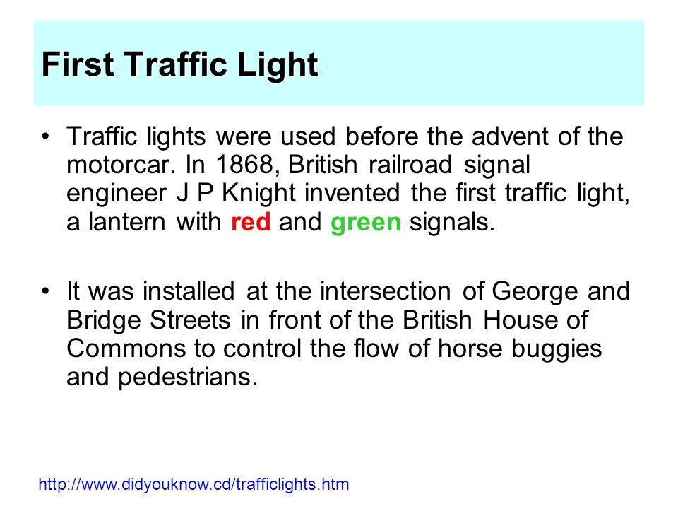 Prinsip-prinsip desain simpang bersinyal Suatu persimpangan membutuhkan lampu lalulintas jika waktu tunggu rata-rata kendaraan sudah lebih besar daripada waktu tunggu rata-rata kendaraan pada persimpangan dengan lampu lalulintas.