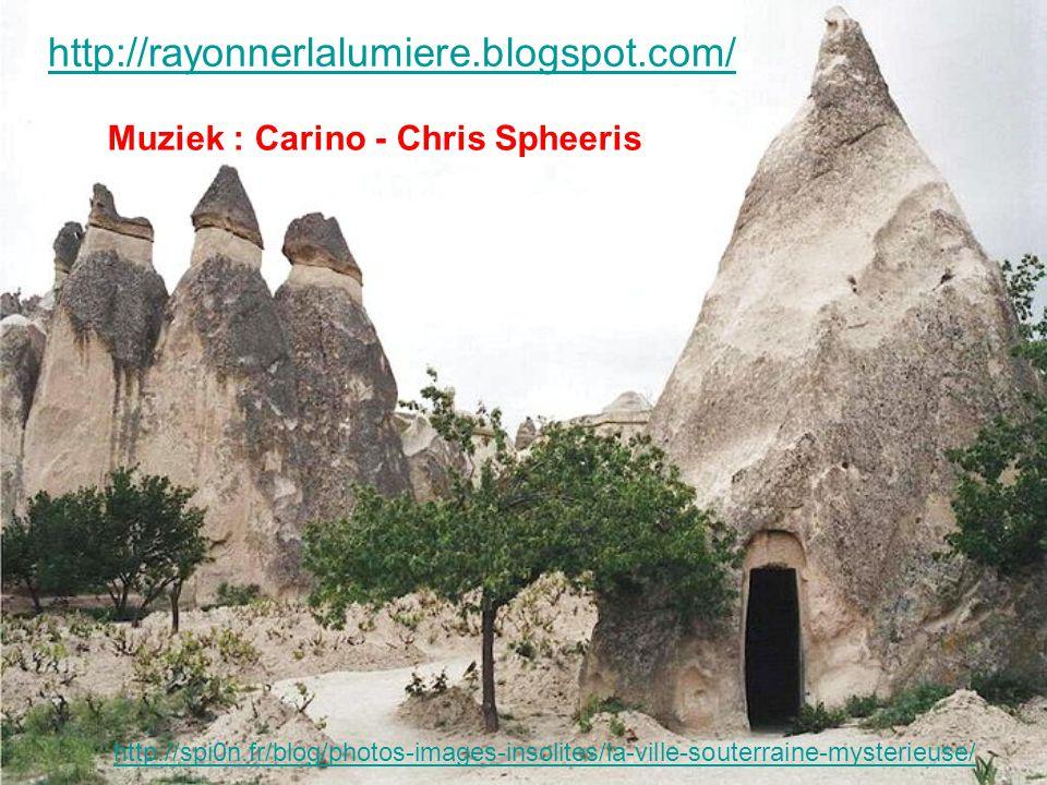 Terowongan iku ngarah nang kutha ngisor lemah liyane ndik Capadocië: Kaymakli.