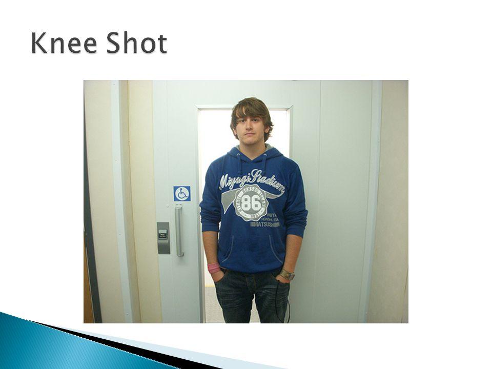  Medium Shot / Waist Shot ◦ Biasanya menunjukkan subjek dari ujung kepala hingga pinggang atau siku.