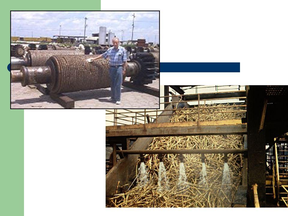 Ekstraksi Tahap pertama pengolahan adalah ekstraksi jus atau sari tebu. Pada proses ini, tebu dihancurkan dalam sebuah serial penggiling putar yang be