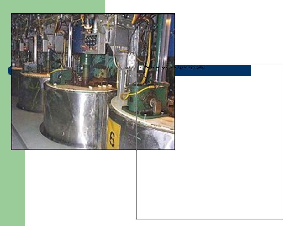 Penguapan/ Evaporasi Setelah mengalami proses liming, jus dikentalkan menjadi sirup dengan cara menguapkan air menggunakan uap panas dalam suatu prose