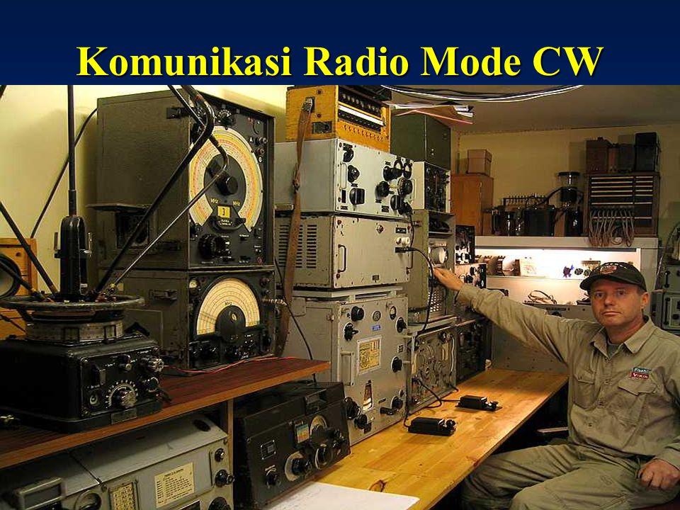 Sulwan-YB8EIPAmateur Radio Dalam Bingkai Sejarah11 Radio Komunikasi Jerman PD II Pointer Freq Knob Dial Band Freq