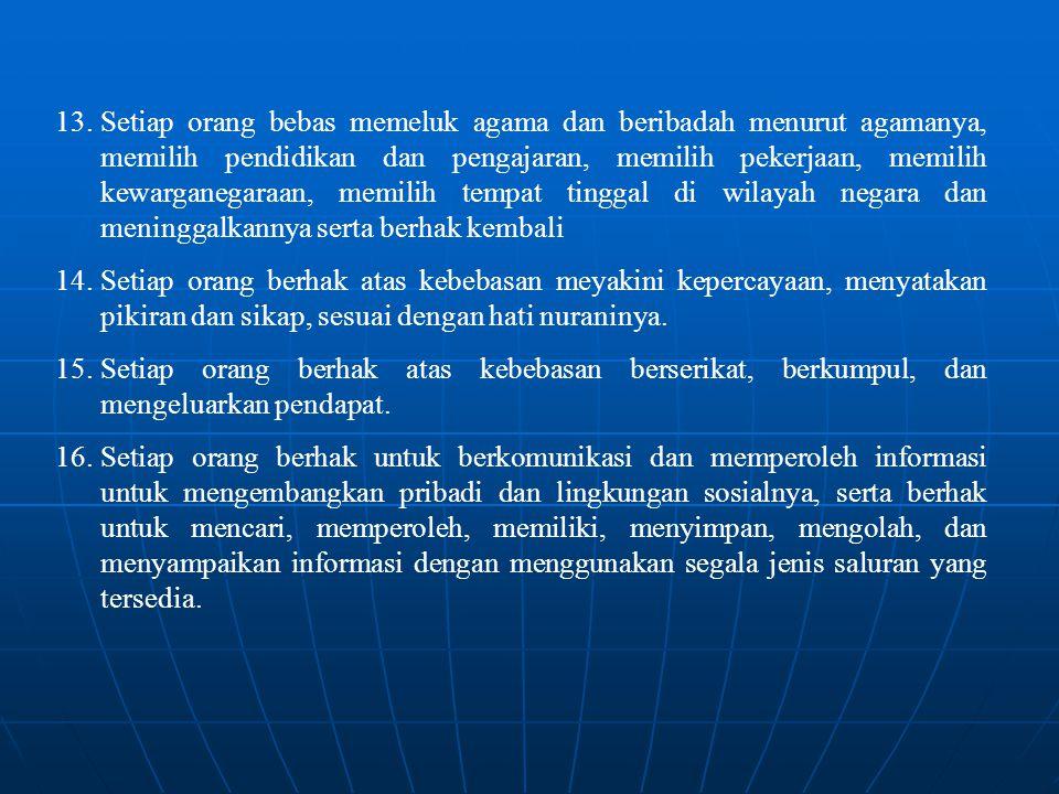 Kewajiban warga negara adalah: 1.wajib menjunjung hukum dan pemerintah 2.