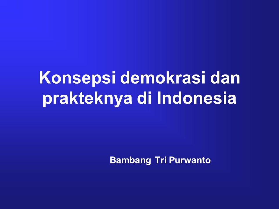 Kompetensi pembelajaran Setelah mempelajari hal ini, diharapkan 1.Mengetahui pengertian demokrasi 2.Memahami norma2 yg mendasari demokrasi 3.Menyebutkan komponen2 penegak demokrasi 4.Menyebutkan model2 demokrasi 5.Memahami demokrasi Indonesia 6.Menjelaskan perkembangan demokrasi di Indonesia