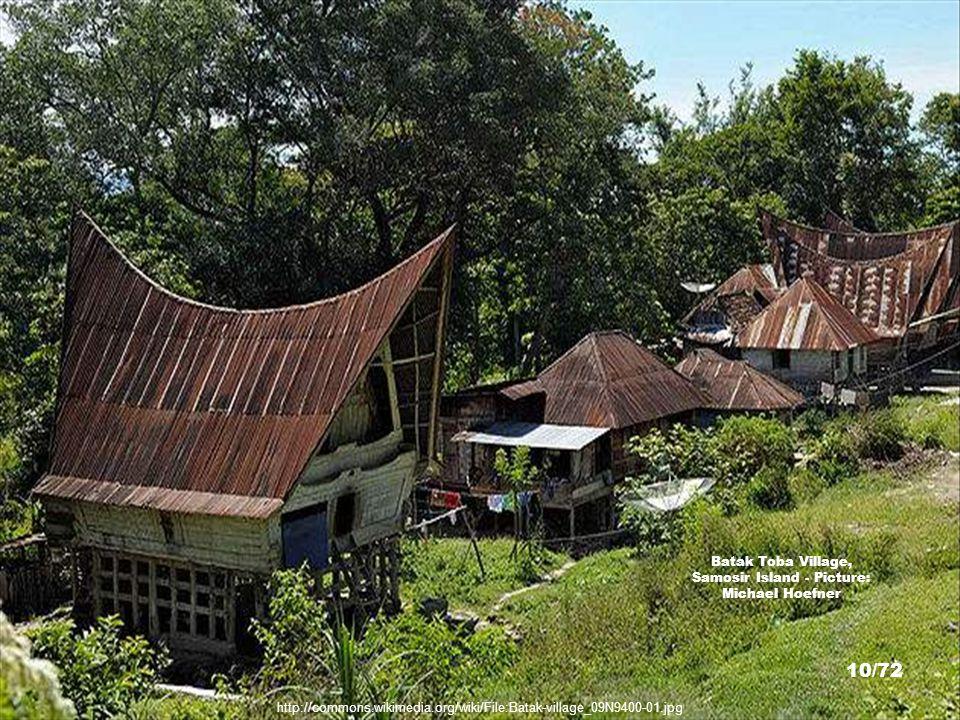 http://commons.wikimedia.org/wiki/File:Batak_Toba_House.jpg Batak Toba House - Picture: Mr. Wabu 9/72