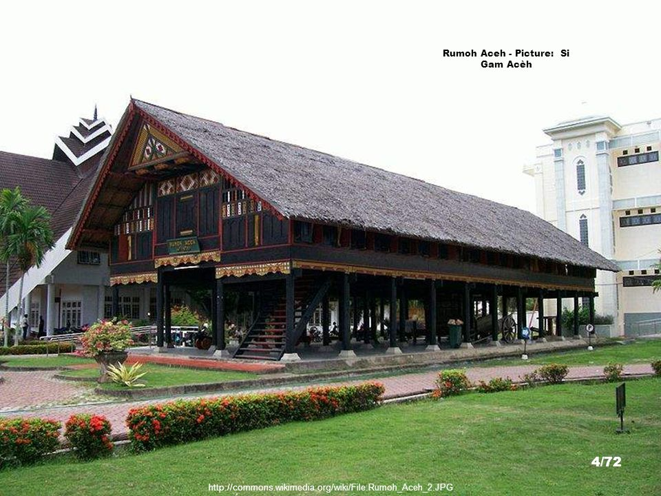 http://commons.wikimedia.org/wiki/File:Cakra_Donya.JPG Cakra Donya Bell(Gift from Cheng Ho to Pasai), Aceh - Picture: Si Gam Acèh 3/72