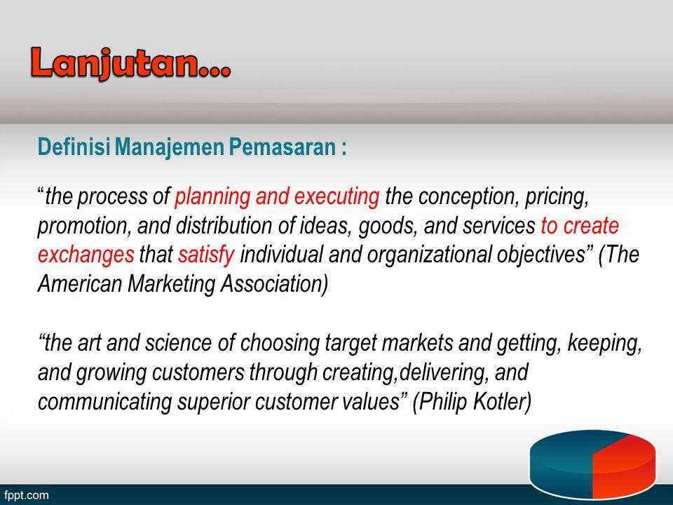 Bauran pemasaran merupakan strategi yang dijalankan perusahaan, yang berkaitan dengan penentuan, bagaimana perusahaan menyajikan penawaran produk pada satu segmen pasar tertentu, yang merupakan sasaran pasarannya.