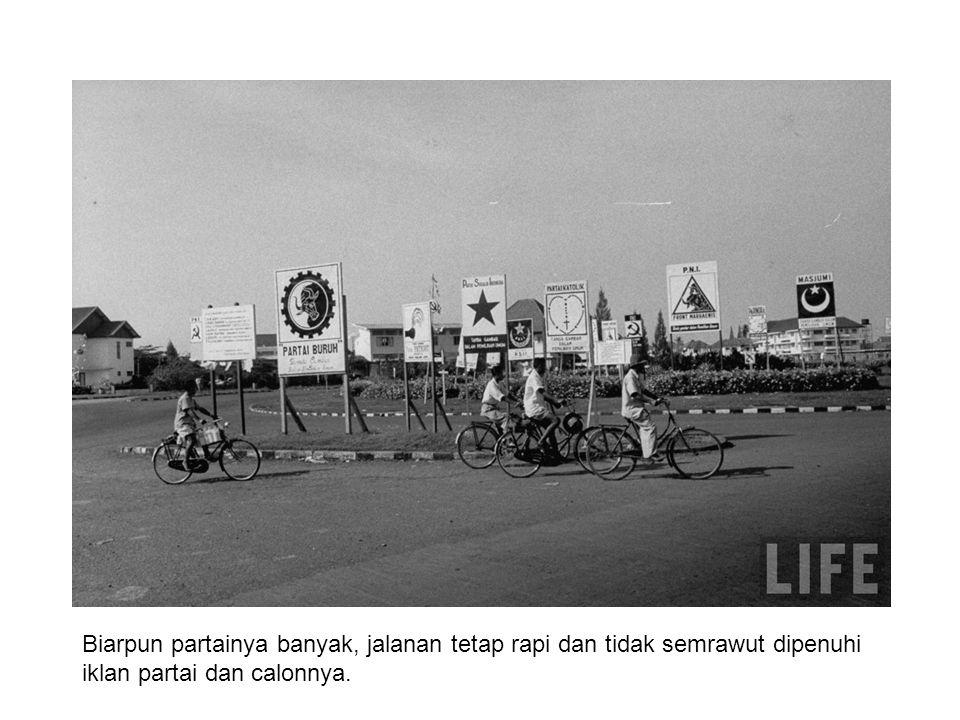 PM Ali Sostroamijoyo kampanye untuk PNI 1955 belum zamannya kampanye dengan dangdut: adanya pencak silat (dan cukup di kebon orang ).