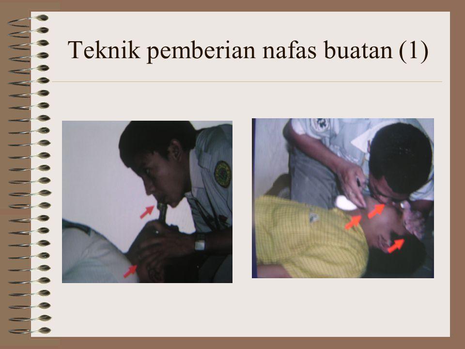Teknik pemberian nafas buatan (1)