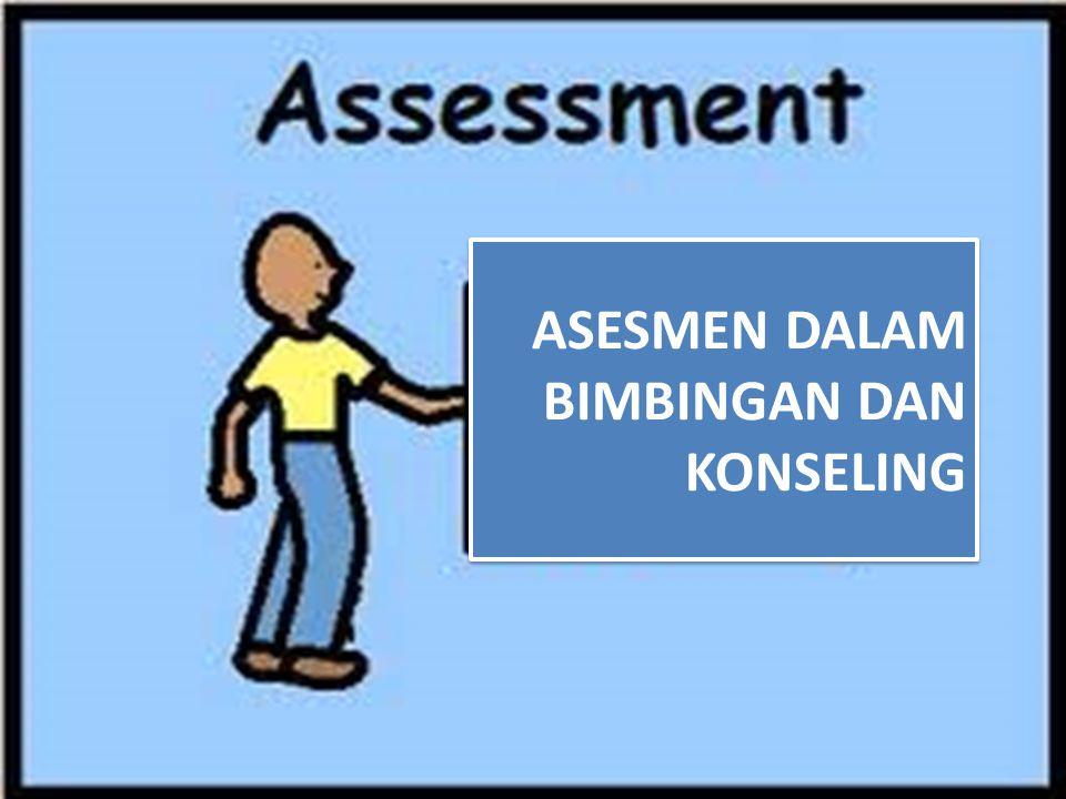 Berbeda dengan asesmen teknik non tes, asesmen teknik tes memiliki beberapa karakteristik antara lain: Standardisasi : memiliki buku dan manual tes, serta memiliki keseragaman dalam penyelenggaraan dan penskoran.