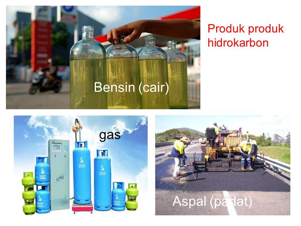 Petroleum (petroleum, yunani: πέτρα (batuan) + oleum (minyak) Terbentuk dalam lapisan bumi Proses pengilangan membentuk bahan bakar Terdiri dari senyawa hidrokarbon (senyawa organik) Termasuk minyak mentah dan minyak olahan Terbentuk dari fosil mahluk hidup seperti zooplankton dan alga yang mengalami tekanan dan panas