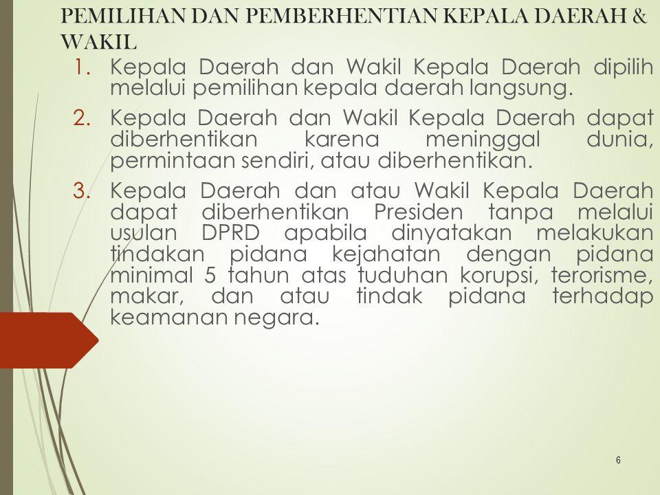 17 PENGAWASAN DPRD Tugas dan kedudukan DPRD sangat penting untuk mencegah secara dini (early warning system) penyimpangan pengelolaan APBD dan kebijakan dalam penyelenggaraan kinerja pemerintah daerah