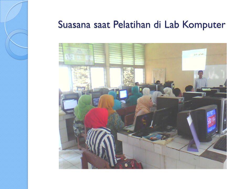 Suasana saat Pelatihan di Lab Komputer