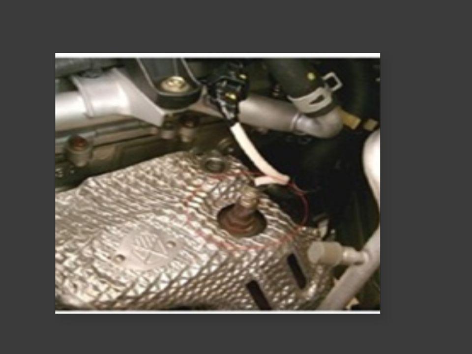 Fisis pengindraan  Efek Piroelektrik adalah fenomena terbentuknya tegangan listrik pada sebuah material dikarenakan proses pemanasan atau pendinginan (aliran panas)  Pada oksigen sensor panas pada exhaust dimanfaatkan sebagai Tegangan Listrik yang dihasilkan oleh efek pyroelektrik sebagai tegangan referensi