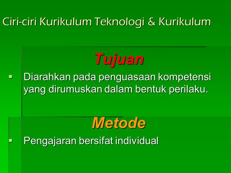 Teknologi Pendidikan Dalam Arti Teknologi Sistem Menekankan pada: Penyusunan program pengajaran dengan menggunakan pendekatan sistem.  Program sistem